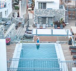 Seascape Luxury Residences pool