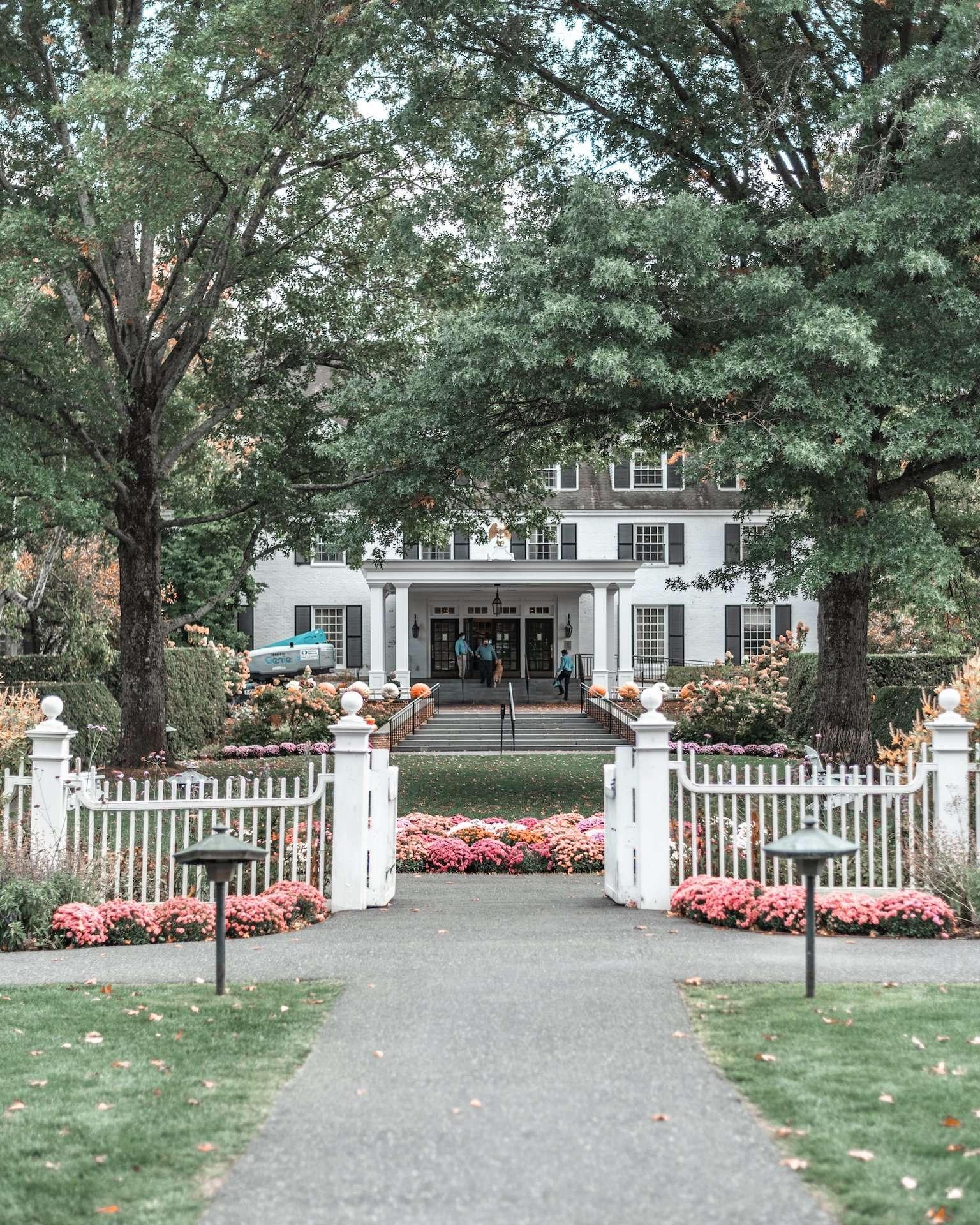 Woodstock Inn & Resort Entranceway